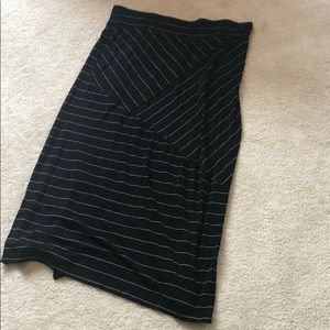 Pure Energy black and white maxi skirt 2X